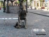 Brodnica. Pomnik na Dużym Rynku.