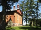 Kosciół w Krzywosądzu i cmentarz przykościelny.
