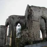 Ruiny kościoła w Ablain-Saint-Nazaire.