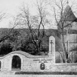 wieliczkipomnik-arch.jpg