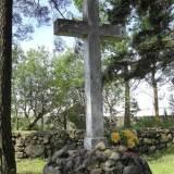 Pomnik na cmentarzu w Dokszycach.