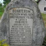 Szadek, pomnik poległych 1918-20