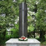 Pomnik ks. Ignacego Skorupki.