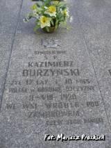 Symboliczny grób Kazimierza Burzyńskiego.