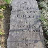 Błędny napis - powinno być ułan Eugeniusz FRYNDT, poległ 04.09.1920.